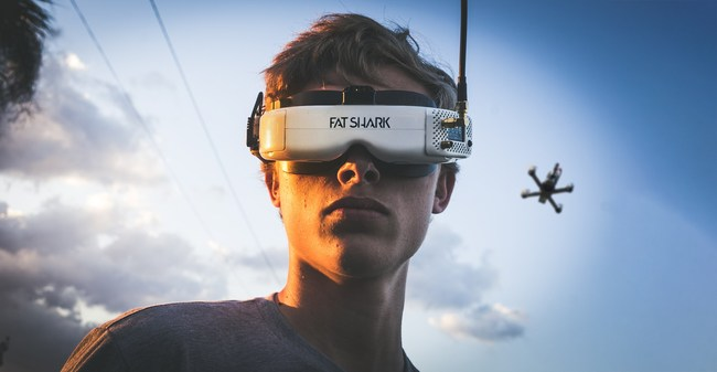 DRL Champion and Rotor Riot pilot Alex Vanover wears Fat Shark Goggles.