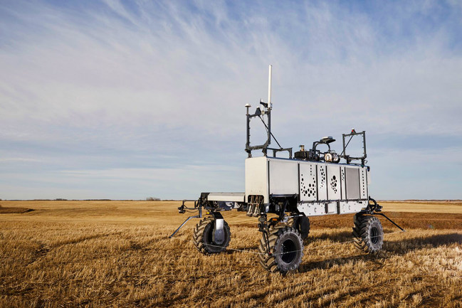 The JRT Agency is selected as the agency of record (AOR) for Raven Autonomy, the leader in developing driverless AG technology for agricultural applications. Featured here is Raven's autonomous machine platform that universally integrates a variety of agriculture implements throughout multiple seasons.  JRT will focus on elevating awareness and creating excitement for Raven Autonomy's revolutionary technology innovations in autonomous agriculture.