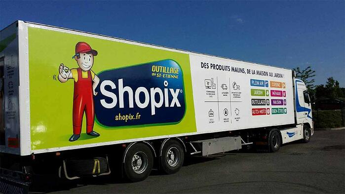 Shopix truck delivering DIY and gardening products